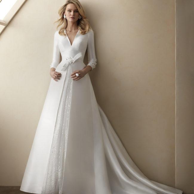 abito da sposa di seta