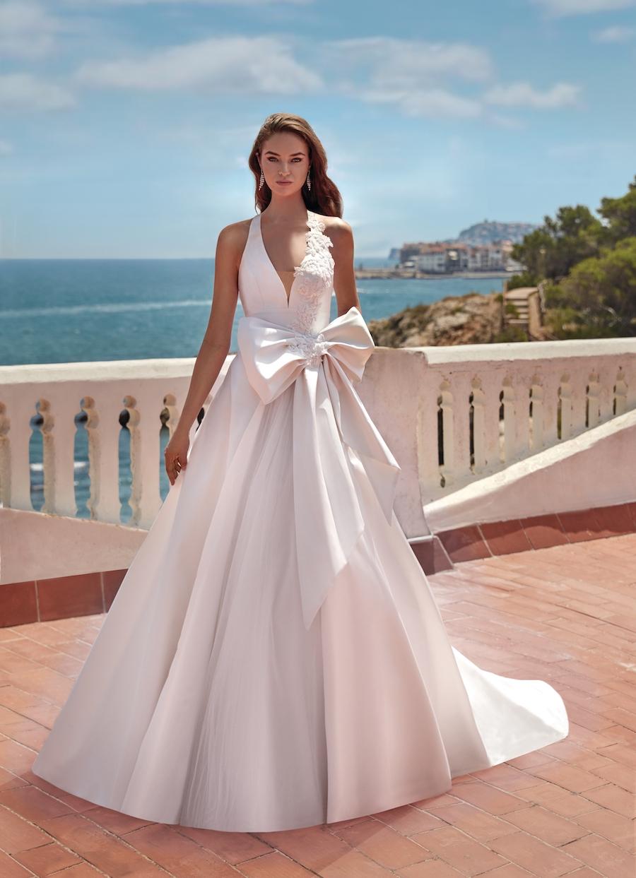abito da sposa in mikado di seta pura