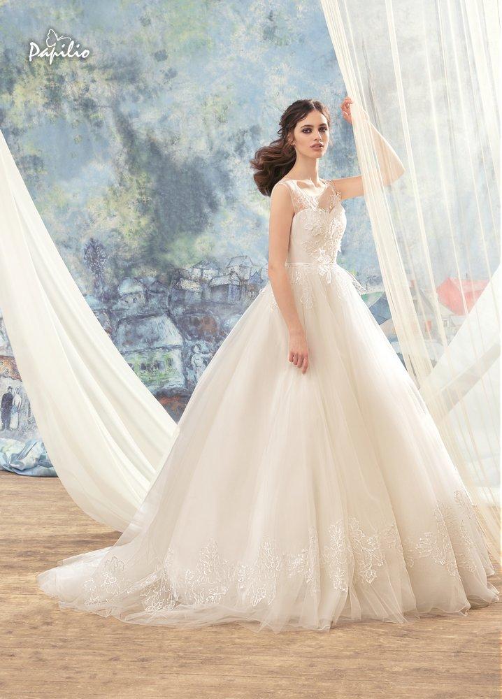 abito da sposa con pizzo tridimensionale