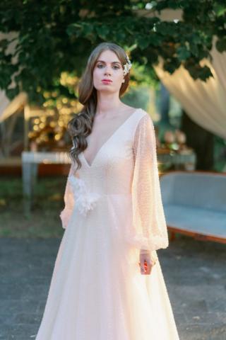 abito in leggera nuance cipria luminoso